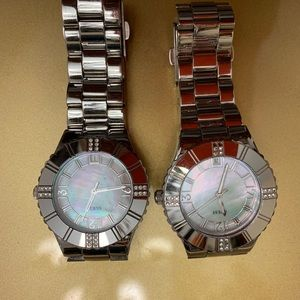 2 Silver Guess Watch
